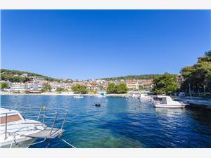 Appartement Laura Kroatië, Kwadratuur 100,00 m2, Lucht afstand tot de zee 20 m