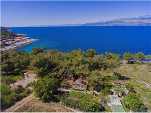 Maison Fisherman Postira - île de Brac, Maison isolée, Superficie 45,00 m2, Distance (vol d'oiseau) jusque la mer 60 m