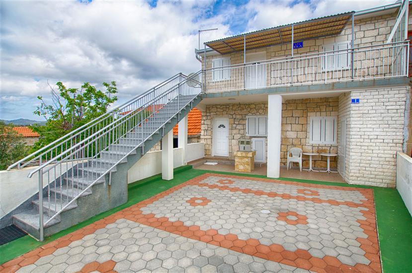 House Vinko