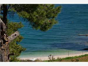 Апартаменты Lovorka Postira - ostrov Brac, квадратура 30,00 m2, размещение с бассейном, Воздуха удалённость от моря 50 m