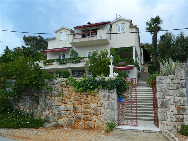 Apartmány a Izby Darinka