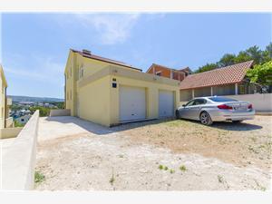 Appartement Midden Dalmatische eilanden,Reserveren Kaja Vanaf 85 €