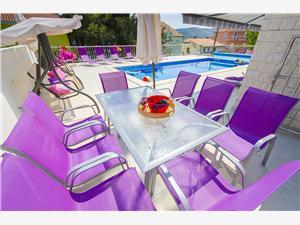 Beachfront accommodation Split and Trogir riviera,Book Mateo From 533 €