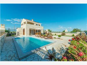 Villa St. Vid 2 Privlaka (Zadar), Autentikus kőház, Méret 130,00 m2, Szállás medencével