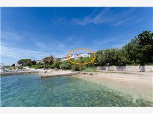 Kомнаты Marica Кварнерский остров, квадратура 13,00 m2, Воздуха удалённость от моря 30 m