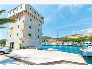 Apartmány Martina Split a Trogir riviéra, Rozloha 92,00 m2, Vzdušná vzdialenosť od mora 30 m, Vzdušná vzdialenosť od centra miesta 800 m
