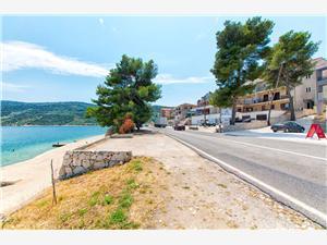 Apartmanok Martina Horvátország, Méret 92,00 m2, Légvonalbeli távolság 30 m, Központtól való távolság 800 m