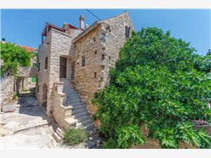 Huis Jelena Noord-Dalmatische eilanden, Stenen huize, Kwadratuur 90,00 m2, Lucht afstand tot de zee 30 m