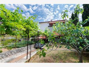 Apartament Bozena Wyspy Kwarnerskie, Powierzchnia 75,00 m2, Odległość od centrum miasta, przez powietrze jest mierzona 200 m