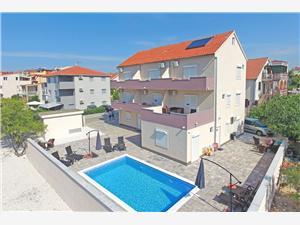 Ferienwohnungen Adria , Größe 35,00 m2, Privatunterkunft mit Pool, Luftlinie bis zum Meer 200 m