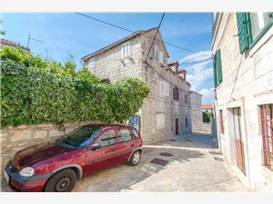 Kamienny domek Wyspy Dalmacji środkowej,Rezerwuj Gordana Od 294 zl