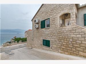 Apartamenty Tonči Postira - wyspa Brac, Powierzchnia 30,00 m2, Odległość do morze mierzona drogą powietrzną wynosi 30 m, Odległość od centrum miasta, przez powietrze jest mierzona 600 m