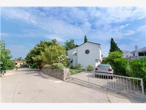 Apartman Razija Punat - Krk sziget, Méret 60,00 m2, Központtól való távolság 900 m