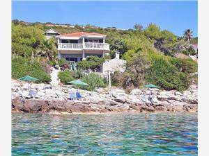 Appartementen Ružica Vis - eiland Vis, Kwadratuur 50,00 m2, Lucht afstand tot de zee 10 m