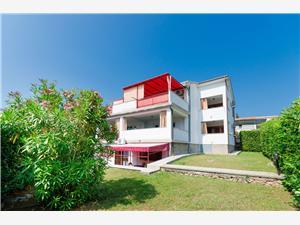 Apartmaji Miha Krk - otok Krk, Kvadratura 56,00 m2, Oddaljenost od centra 800 m