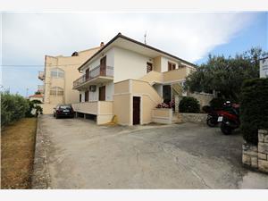 Appartementen Andrea Supetar - eiland Brac,Reserveren Appartementen Andrea Vanaf 107 €