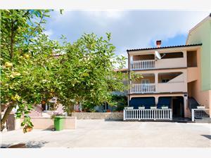 Апартаменты Anton Lopar - ostrov Rab, квадратура 30,00 m2, Воздуха удалённость от моря 90 m, Воздух расстояние до центра города 200 m