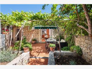 Počitniške hiše Gita Mirca - otok Brac,Rezerviraj Počitniške hiše Gita Od 128 €