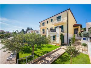 Appartamenti Edo Mirca - isola di Brac,Prenoti Appartamenti Edo Da 105 €