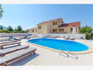 Apartmaji Meridiana Orebic, Kvadratura 18,00 m2, Namestitev z bazenom