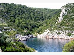 Mala Stiniva Gdinj - wyspa Hvar Plaža