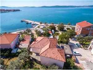 Apartmaj Bepo Riviera Zadar, Kvadratura 16,00 m2, Oddaljenost od morja 5 m, Oddaljenost od centra 200 m