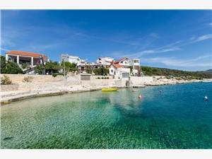 Namestitev ob morju Marina Sevid,Rezerviraj Namestitev ob morju Marina Od 132 €