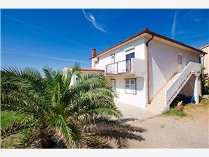 Appartements Jasmin Barbat - île de Rab, Superficie 50,00 m2, Distance (vol d'oiseau) jusque la mer 150 m