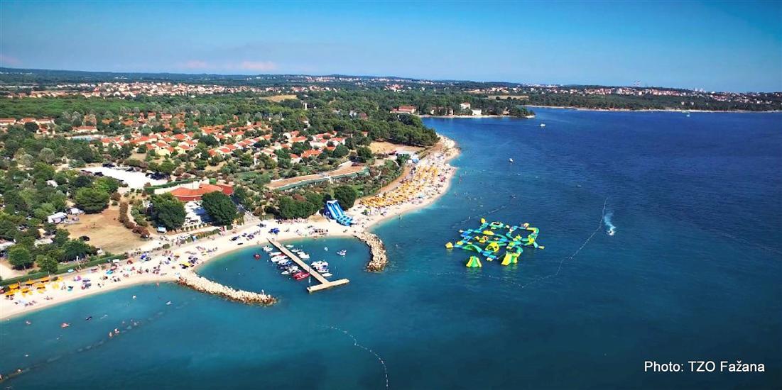 Strand Bi Val Fazana Touristen Info Strand Bi Val Kroatien