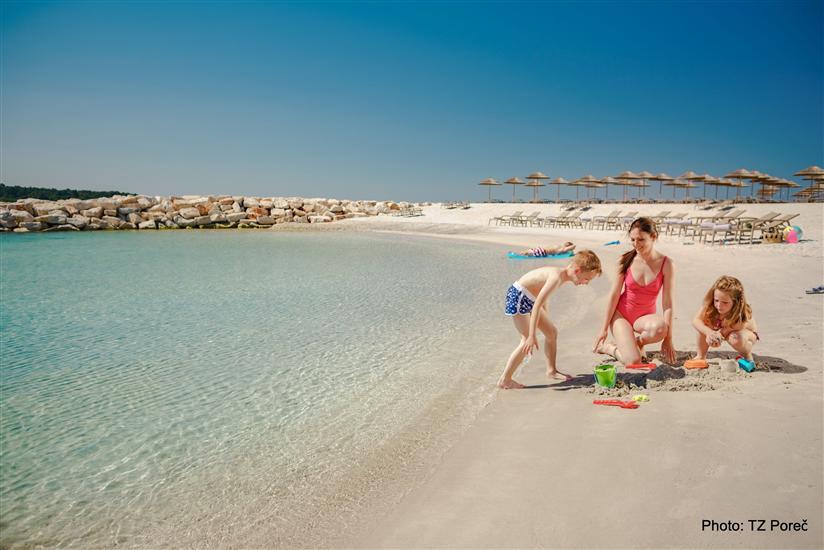 Maro-Sandy-Beach-2