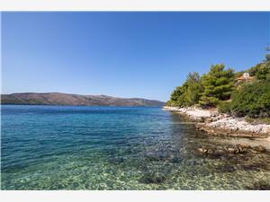 Ferienwohnung Marijana Seget Vranjica, Größe 60,00 m2, Luftlinie bis zum Meer 50 m, Entfernung vom Ortszentrum (Luftlinie) 600 m