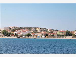 Appartement Mera Sevid, Kwadratuur 70,00 m2, Lucht afstand tot de zee 20 m, Lucht afstand naar het centrum 150 m