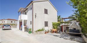 Apartman - Splitska - otok Brač