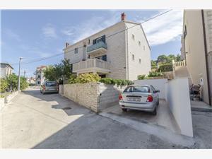 Apartamenty Tonko Postira - wyspa Brac,Rezerwuj Apartamenty Tonko Od 288 zl