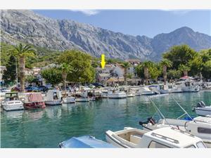 Apartamenty Tanja Baska Voda, Powierzchnia 50,00 m2, Odległość do morze mierzona drogą powietrzną wynosi 250 m, Odległość od centrum miasta, przez powietrze jest mierzona 10 m