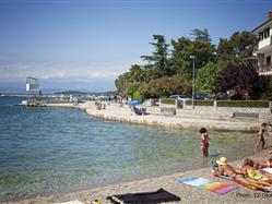 Rupa Njivice - island Krk Plaža