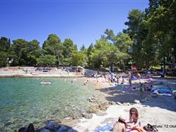Vrtača Beli - island Cres Plaža