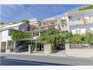Apartmány Žanet Sumpetar (Omis), Prostor 30,00 m2, Vzdušní vzdálenost od moře 30 m, Vzdušní vzdálenost od centra místa 50 m