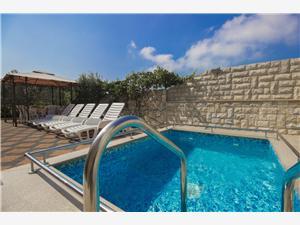 Hébergement avec piscine Lenija Zaton (Sibenik),Réservez Hébergement avec piscine Lenija De 73 €