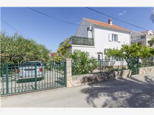 Maisons de vacances Les iles de la Dalmatie centrale,Réservez Jadranka De 180 €