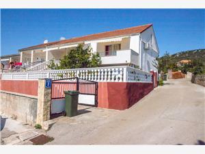 Apartmanok Marin Vinisce,Foglaljon Apartmanok Marin From 13761 Ft