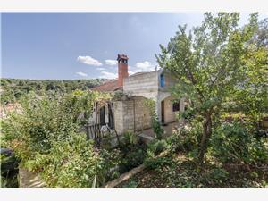 Dom Fanita Splitska - wyspa Brac, Powierzchnia 80,00 m2, Odległość od centrum miasta, przez powietrze jest mierzona 100 m