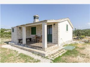 Huis Fanita Splitska - eiland Brac, Afgelegen huis, Kwadratuur 35,00 m2, Lucht afstand tot de zee 200 m