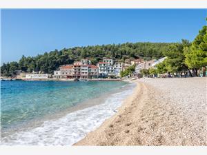 Beachfront accommodation Makarska riviera,Book Antonija From 118 €