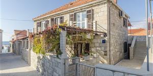 Apartman - Postira - Brac sziget