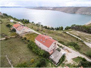 Appartementen Anđelo Vlasici - eiland Pag, Kwadratuur 53,00 m2, Lucht afstand tot de zee 200 m, Lucht afstand naar het centrum 600 m