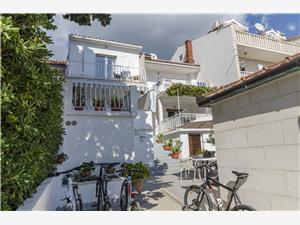 Apartment Radojka Bol - island Brac, Size 15.00 m2, Airline distance to town centre 300 m