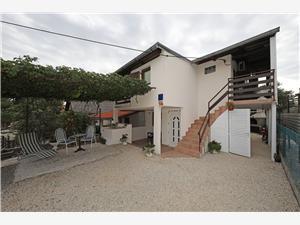 Appartamenti Vesna Kruševo, Dimensioni 26,00 m2, Distanza aerea dal mare 80 m, Distanza aerea dal centro città 80 m
