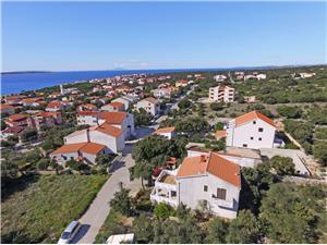 Appartementen Ante Mandre - eiland Pag, Kwadratuur 75,00 m2, Lucht afstand naar het centrum 250 m