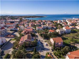 Smještaj s bazenom Sjevernodalmatinski otoci,Rezerviraj Vanja Od 1126 kn
